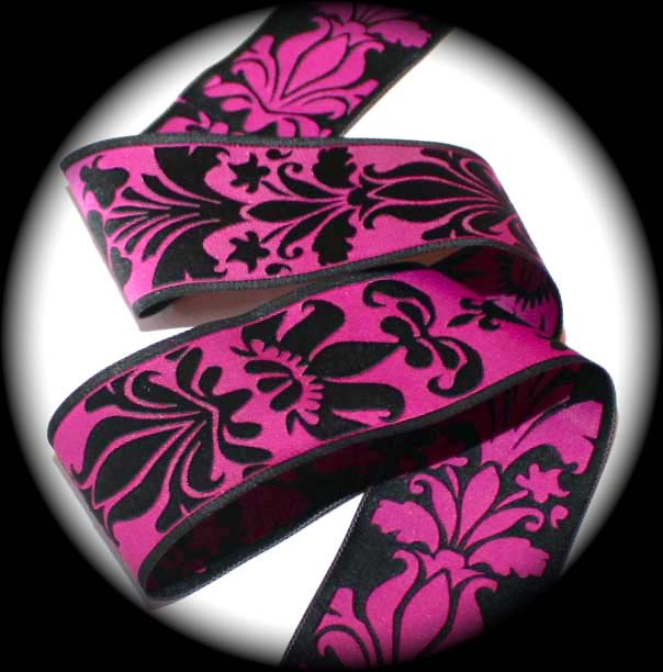 "DAMASK DESIGN4 - 1 1/2"" MAGENTA/BLACK (3 YDS)"
