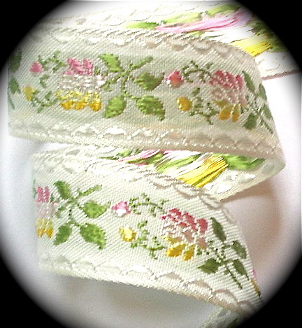 "SWISS2  1"" (3 yds) WHITE /OLIVE/PINK/LT. YELLOW"