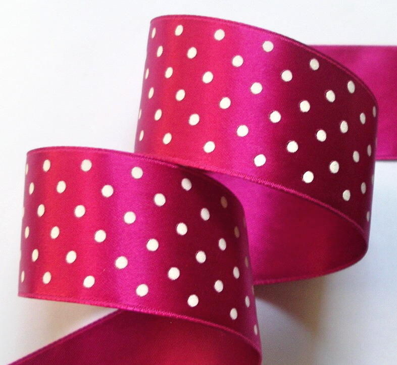 "DOT76 1 1/2"" MAGENTA/WHITE SWISS HEAVY SATIN (3YDS)"