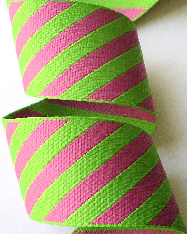 "*DS3 1 1/2"" (3 yds) PINK/LIME DIAGONAL STRIPES"