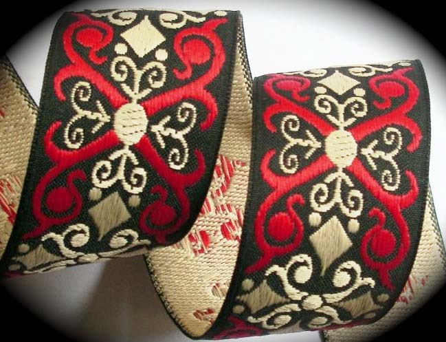 "SCROLL5 1 1/2"" (3 yds)RED/BLACK/TAN  X'S"