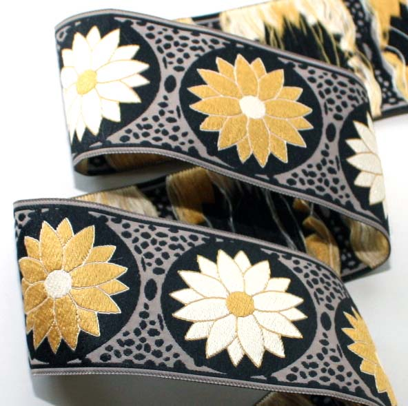 "DAISY DOT FLOWER1 - 1 7/8""(2 1/3YDS) BLACK/KHAKI/GOLD/IV-1 left"