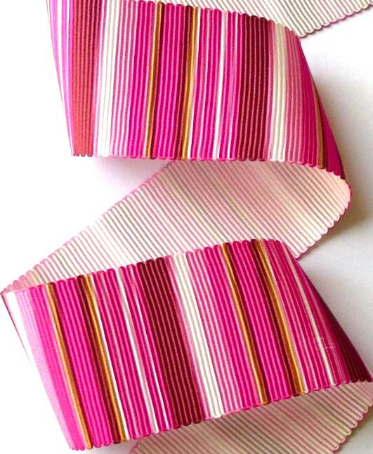 "VERTICALPINK6 - 1 3/8"" (3 yds) PINKS PETERSHAM GROSGRAIN"