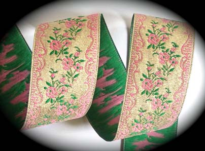 "VINTAGE REPRODUCTION68 - 1 1/2"" (3 YDS)  GOLD/PINK/GRN FLORAL"